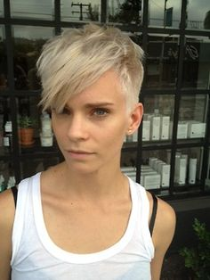 blonde hair, I like this cut!!!