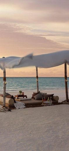 #Maldivler Resimleri http://www.resimbulmaca.com/doga-resimleri-/resimleri/maldivler-resimleri.html