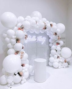 We absolutely love this classic all white backdrop for modish_chic 's birthday over the weekend! 😍❤️🥂🥂 Balloons - everythingluxedecor Wall and neon sign - all_modern_rentals Lighting and venue - thelightsourcecompany Venue decor - Deco Baby Shower, Shower Party, Baby Showers, Birthday Balloon Decorations, Baby Shower Decorations, 30 Birthday Balloons, 30th Birthday Parties, Birthday Party Themes, Birthday Ideas