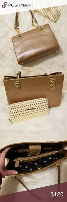 ANNE KLEIN purse & wallet NWOT ANNE KLEIN tote bag, comes with matching wallet, no tears or stains, smoke free home, originally purchased from Macys. Beautiful shimmy gold bag!!! 😍❤  *bought about 3-4 years ago and has been sitting in my closet ever since 😭 Anne Klein Bags Totes