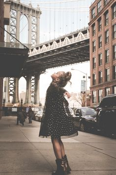 NYC STREET STYLE - PAISLEY G  pinterest // @ninabubblygum