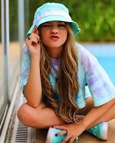 Look Girl, Boy Or Girl, Tumbrl Girls, Josh Richards, Foto Instagram, Aesthetic Pastel Wallpaper, Best Friend Quotes, Creative Photos, Girl Photos