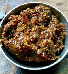 KOTHAMALLI THOKKU / CORIANDER LEAVES PICKLE