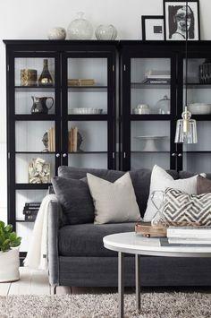 Las vitrinas son tendencia : ventajas e inconvenientes Living Room Remodel, Home Living Room, Living Room Decor, Living Spaces, Decor Room, Home Decor, Home Interior, Interior Design, Muebles Living