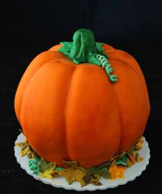 Here's a collection of pumpkin cake designs for Halloween season perfect as addition to Halloween birthday party ideas aside from Halloween Games for party. Pumpkin Shaped Cake, Pumkin Cake, Halloween Pumpkin Designs, Halloween Pumpkins, Halloween Party, Halloween Ideas, Pumpkin Birthday Cakes, Cookie Cake Designs, New Cake
