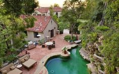 This is Katy Perry's beautiful villa style home. Love the pool most of all! #KatyPerry #Villa #House