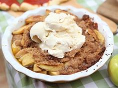 PHOTO: Emeril Lagasses apple betty is shown here. Another childhood favorite but with regular flour.not gluten free. Gf Recipes, Apple Recipes, Food Network Recipes, Fall Recipes, Apple Betty Recipe, Apple Brown Betty, Pumpkin Custard, American Desserts, Best Pie