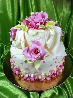 ROSES AND POIS ELEGANT CAKE by Red Carpet Cake Design