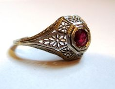 Antique ART DECO 18K white gold ruby ring. 1920s by posypower