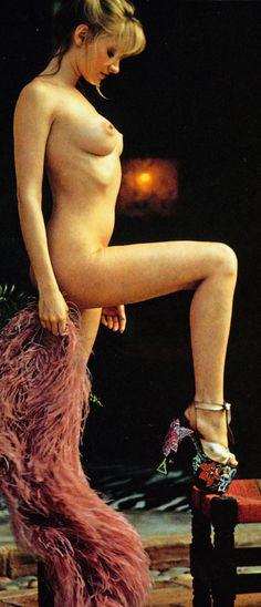 Cyndi Wood, PMOM - February featured in Japanese photo book Playmates Collection 1983 Cyndi Wood, Cuba, Playmates Of The Month, Single Men, Photo Book, Playboy, Girlfriends, Pin Up, Japanese