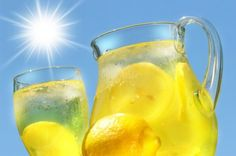 The Lemonade Diet is the portion of The Master Cleanse during which you consume only the Lemonade - perfect for detox & fast weight loss. Weight Loss Meals, Losing Weight Tips, Healthy Weight Loss, How To Lose Weight Fast, Reduce Weight, Loose Weight, Detox Drinks, Healthy Drinks, Eating Healthy