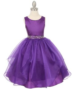 Dazzling big stones on the waist of this Tween Dress! Purple party dress with organza overlay is a T length dress perfect for that special party, Junior Bridesmaids, Teenage Parties or Senior Flower Girls.