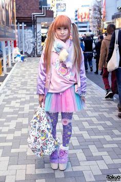 Kawaii Harajuku Girl's Style w/ Twintails, Swankiss & Milklim (Tokyo Fashion News) Japan Street Fashion, Fashion In, Pastel Fashion, Tokyo Fashion, Harajuku Fashion, Kawaii Fashion, Lolita Fashion, Colorful Fashion, Cute Fashion