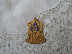 Antique pendant/medal 1910 signed by Nkempantiques on Etsy