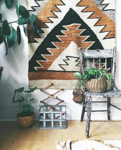 // Bedroom Green, Bedroom Decor, Bedroom Inspo, Pacific Northwest Style, Apartment Interior Design, Accent Pieces, Rustic, Table Decorations, Creative