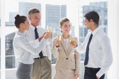 18 EASY CONVERSATION STARTERS FOR NETWORKING EVENTS
