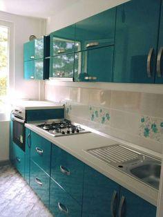 Modern Home Decor Kitchen Kitchen Cupboard Designs, Kitchen Room Design, Home Room Design, Modern Kitchen Design, Home Decor Kitchen, Kitchen Layout, Interior Design Kitchen, Kitchen Cupboards, Moduler Kitchen