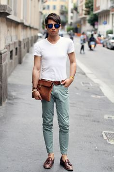 Mint Jeans - Casual Look Casual Outfits, Men Casual, Fashion Outfits, Men Street, Street Wear, Men's Street Style Photography, Mint Pants, Mens Fashion Blog, Men's Fashion