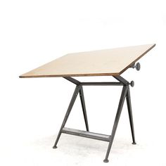 """""""Reply"""" drafting table by Friso Kramer & Wim Rietveld, Ahrend de Cirkel,1963 