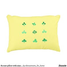 Accent pillow with nine clover leaves