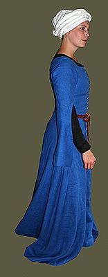 Medieval Clothing and Footwear- 14th- 15th Century Linen Frontlaced Gown