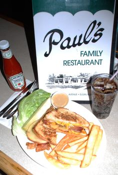 Paul's Family Restaurant's Apple Bacon Cheddar Sandwich is in the Final Four of Downtown Madness. Foodies, pull for your favorite Final Four fare in Elgin. Round 3 voting begins Friday, March 23 at Noon at www.DowntownElgin.com.