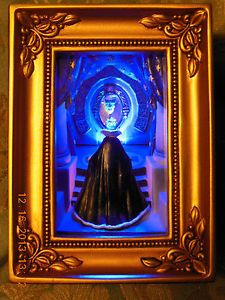 Disney Gallery of Light Snow White Evil Queen at The Mirror by ...