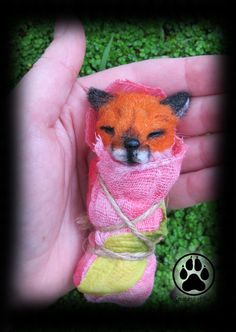 Sleeping fox sprite miniature sculpture OOAK. by CreaturesofNat