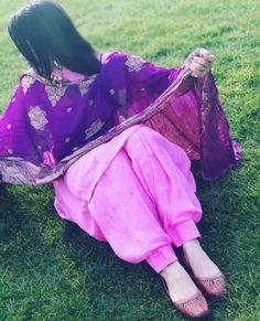 Pink pink he 😂 Bridal Anarkali Suits, Punjabi Salwar Suits, Designer Punjabi Suits, Indian Designer Wear, Patiala Suit, Phulkari Suit, Punjabi Hairstyles, Cute Baby Couple, Punjabi Girls