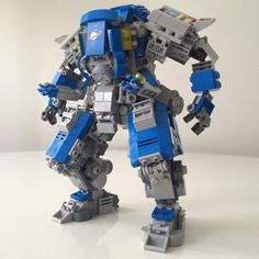 neo classic space mech: heavy lifter + extra arms for precision work https://flic.kr/p/Jq7BWT