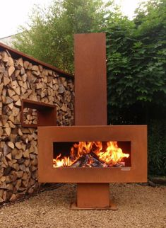 Zeno Retta Holzkamin aus Cortenstahl You are in the right place about fireplace diy Here we offer you the most beautiful pictures about the fireplace hearth you are looking for. When you examine the Z Metal Fireplace, Fireplace Hearth, Fireplaces, Fireplace Outdoor, Outdoor Fire, Outdoor Living, Outdoor Decor, Fire Pit Backyard, Backyard Patio