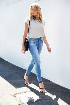 So simple yet so right .... Denim and a classic tee | @brooketestoni pairs ALISSA ANKLE jeans in Light Ripped Vintage back with LOLA classic tank in Grey Marle