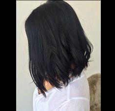 Lob haircut / dark hairstyle /long bob / inspo