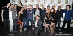 The #XMenApocalypse cast celebrates a great weekend at #SDCC with @RealHughJackman & director @BryanSinger.