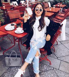 MOOD ❤️ Ready to be fabulous ❤️ Love the Gucci sneakers btw ____________________________________________________ Gucci Sneakers Outfit, Sneaker Outfits Women, Womens Fashion Stores, Fashion Brands, Foto Pose, Everyday Outfits, Girl Fashion, Ladies Fashion, Winter Fashion