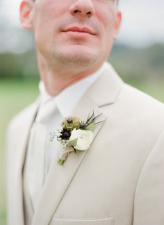fall boutonniere | Chris Isham #wedding