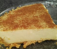 Banting Milk Tart - This Banting milk tart recipe only takes 15 minutes to make, producing a delicious, healthy sugar free milk tart Banting Desserts, Banting Recipes, Gluten Free Desserts, Low Carb Recipes, Paleo Recipes, Healthy Milk, Healthy Sugar, Healthy Eating, Banting Bread