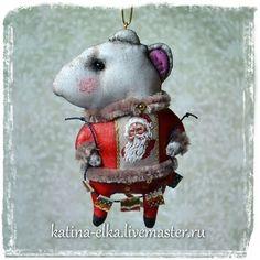 Мышонок и флажки - авторская ручная работа,авторские украшения,авторские елочные игрушки