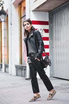 leather clad blackout... yes. Sara in Barcelona. #CollageVintage
