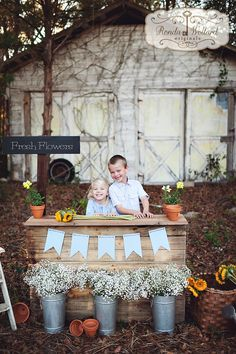 Ronda Wollard Originals » Blog - Fresh Flower Stand Children's Mini Sessions  - siblings