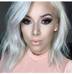 Peach shaded makeup