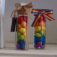 Bomboniere colorate per qualsiasi cerimonia...battesimo, comunione, cresima, matrimonio, compleanno e anniversario da DiMi bon bon a Mortara in via Cairoli 5  #bomboniere #unionicivili #matrimonio #comunione #cresima #nozze #bombonieracolorata #multicolor #testimoni #padrino #madrina #confettiarcobaleno #anniversario #dimibonbon @dimibonbon Wedding Gift Inspiration, Ramadan Gifts, Candy Gifts, Inspirational Gifts, Nursery Art, Craft Fairs, Christening, Confetti, Wedding Colors