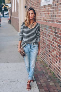 Distressed jeans with a effortless v-neck sweater...lovely! From http://proseccoandplaid.com/2015/07/paige-denim-v-neck-sweater-madewell-slim-boy-jean.html.