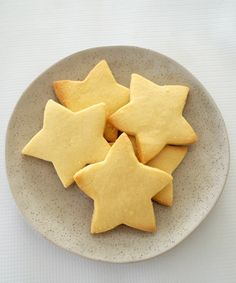 I lose count of the number of times I make this easy Thermomix Shortbread recipe in the lead up to Christmas! Don't worry if you don't have a Thermomix! You can find the conventional instructions Shortbread Recipes, Shortbread Cookies, Cookie Recipes, Baking Recipes, Baking Cookies, Christmas Cooking, Christmas Recipes, Christmas Ideas, Bellini Recipe