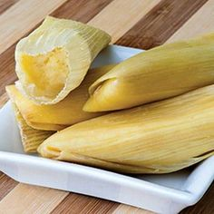 Christy Vega's Sweet Corn Tamales Tamales are a typical offering for Day of the Dead (and general holiday) feasts. These corn tamales are kinda sweet, kinda spicy, but completely amazing. Sweet Tamales, Corn Tamales, Mexican Tamales, Tamales Food, Dessert Tamales, Mexican Dishes, Mexican Food Recipes, Dessert Recipes, Desserts