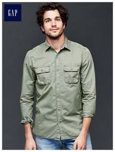 Utility standard fit shirt - Utilitarian inspired with rugged details.