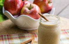 It's apple season, why not try a healthy Caramel Apple Protein Shake? This is a super thick, creamy, and filling protein shake tha. Best Apple Recipes, Fall Recipes, Yummy Drinks, Yummy Food, Delicious Recipes, Apple Smoothies, Protein Foods, Whey Protein, Omega 3