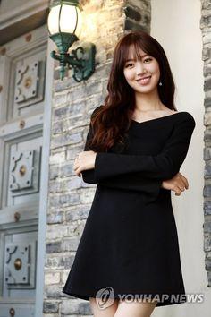 Jin Se-yeon (진세연) - Picture @ HanCinema :: The Korean Movie and Drama Database Asian Actors, Korean Actresses, Korean Beauty, Asian Beauty, Diy Fashion Hacks, Japan Girl, Beautiful Asian Girls, Beautiful Women, Beautiful Actresses
