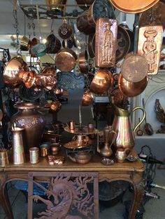 Copper Cookware - Easy Tips To Remember With Regards To Cooking Copper Pots, Copper Kitchen, Copper And Brass, Antique Copper, Bronze, Antique Stove, Copper Decor, Copper Accents, Vintage Kitchen