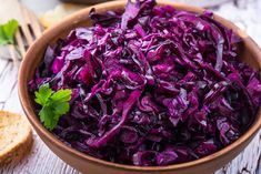 Check out these apple recipes, cooking tips, and nutritional benefits in Prevention's farmers' market recipe finder! Red Cabbage Salad, Braised Red Cabbage, Purple Cabbage, Apple Recipes, Vegan Recipes, Gluten Free Salad Dressing, Cooking Mussels, Cooking Movies, Diet